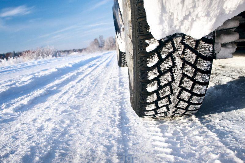 Pneumatici invernali e catene da neve: chi, quando, dove e perché?