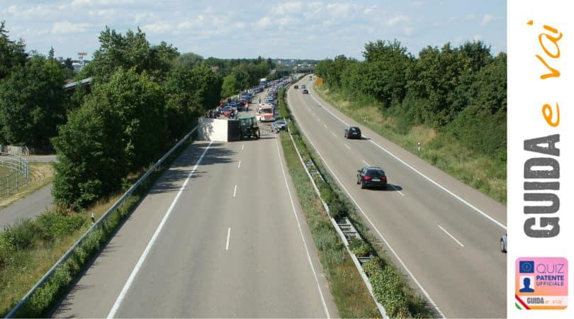 Viaggio a binario unico verso la sicurezza stradale